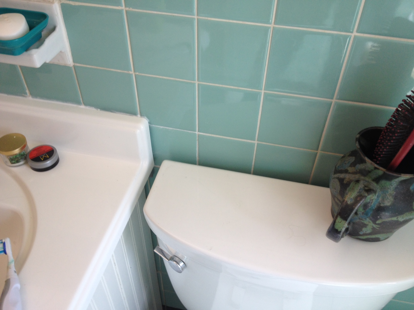 fixing a sea foam bathroom tile